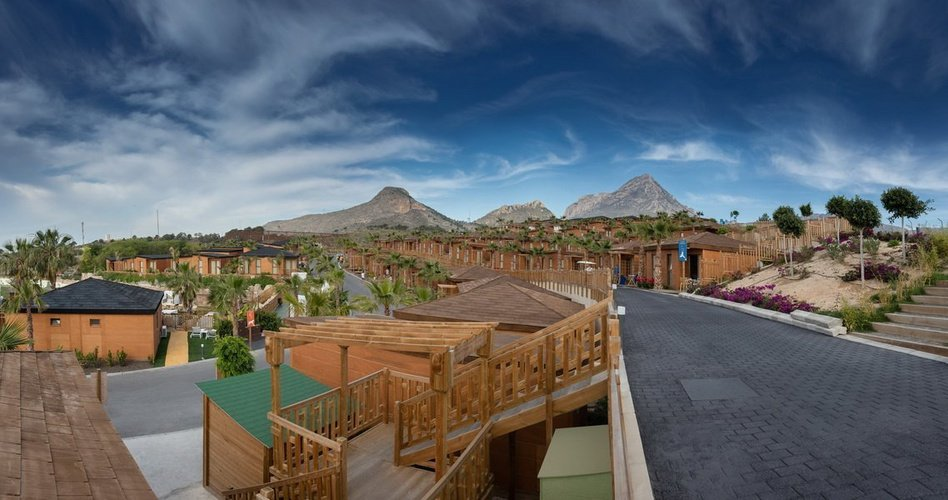 Access to the lodges and public areas magic natura animal, waterpark resort benidorm